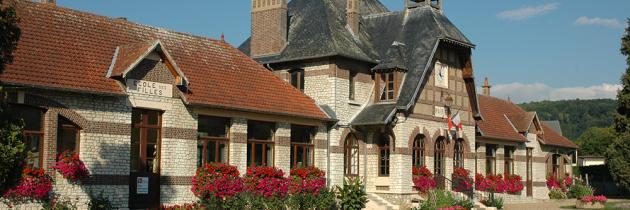 balade à Hondouville : la mairie